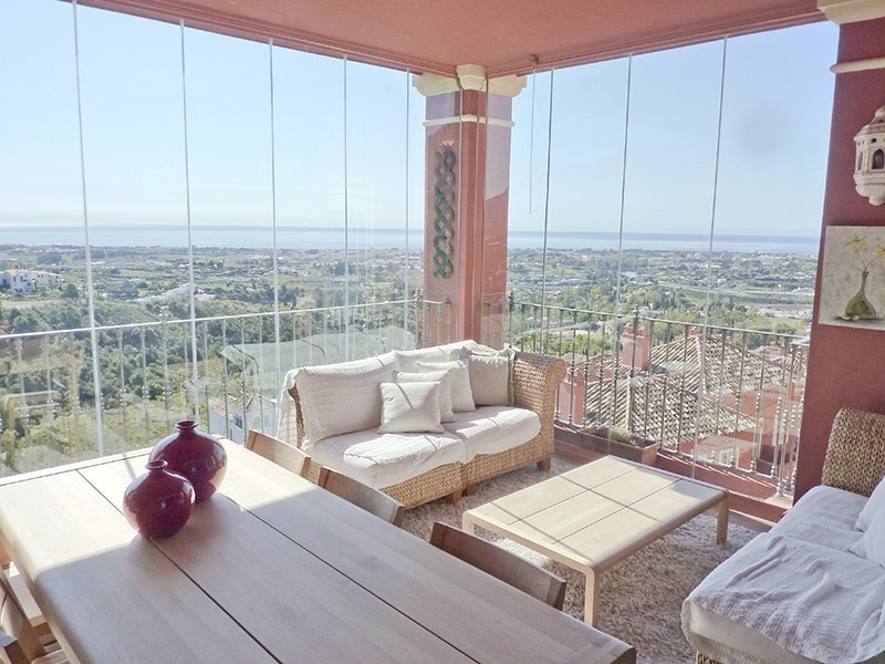 Luxury apartment for sale in the area of Marbella – Benahavis