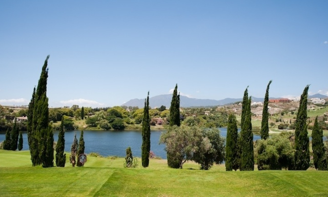 Large luxury apartment for sale on golf resort in the area of Marbella – Benahavis – Estepona 2