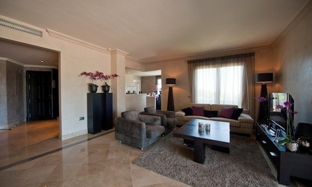 Large luxury apartment for sale on golf resort in the area of Marbella – Benahavis – Estepona 12