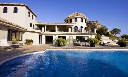 Modern luxury villa for sale in Benalmadena, Costa del Sol 1