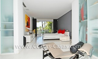 Exclusive beachfront apartment for sale, New Golden Mile, Marbella - Estepona 15