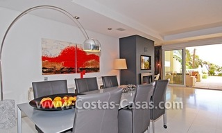 Exclusive beachfront apartment for sale, New Golden Mile, Marbella - Estepona 13