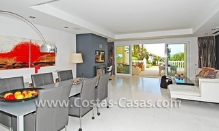 Exclusive beachfront apartment for sale, New Golden Mile, Marbella - Estepona 12