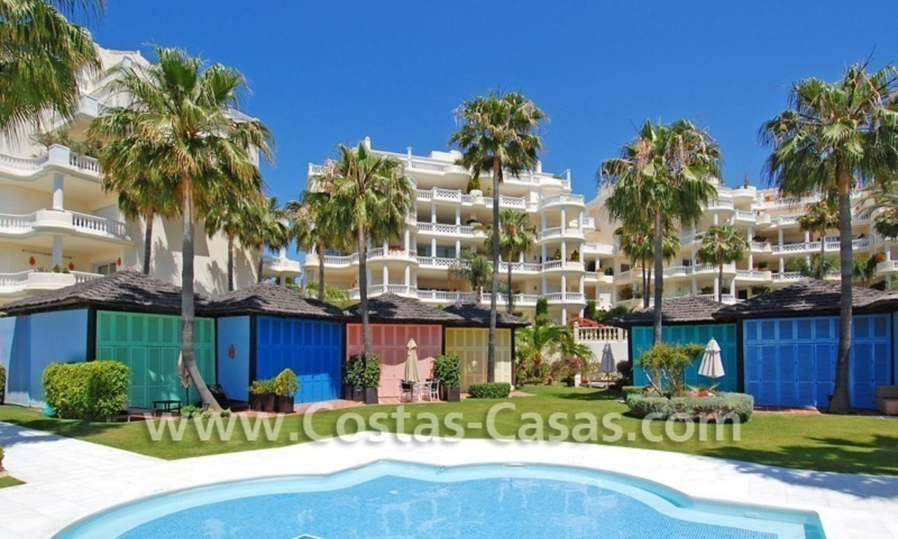 Exclusive beachfront apartment for sale, New Golden Mile, Marbella - Estepona 23