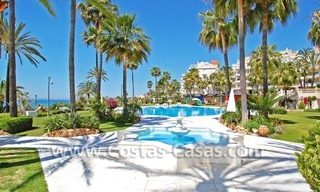 Exclusive beachfront apartment for sale, New Golden Mile, Marbella - Estepona 24