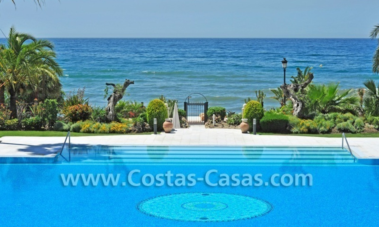 Exclusive beachfront apartment for sale, New Golden Mile, Marbella - Estepona 29