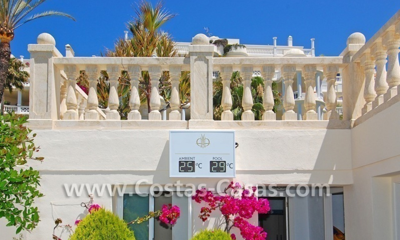 Exclusive beachfront apartment for sale, New Golden Mile, Marbella - Estepona 30