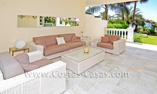 Exclusive beachfront apartment for sale, New Golden Mile, Marbella - Estepona 8
