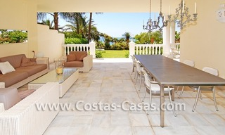Exclusive beachfront apartment for sale, New Golden Mile, Marbella - Estepona 9