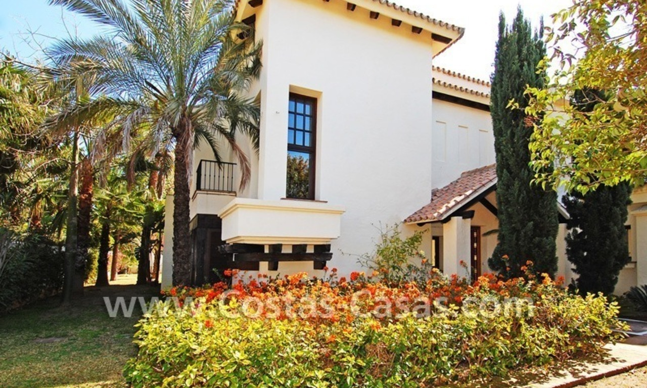 Beach side Andalusian styled villa for sale in Nueva Andalucia – Puerto Banus – Marbella 3