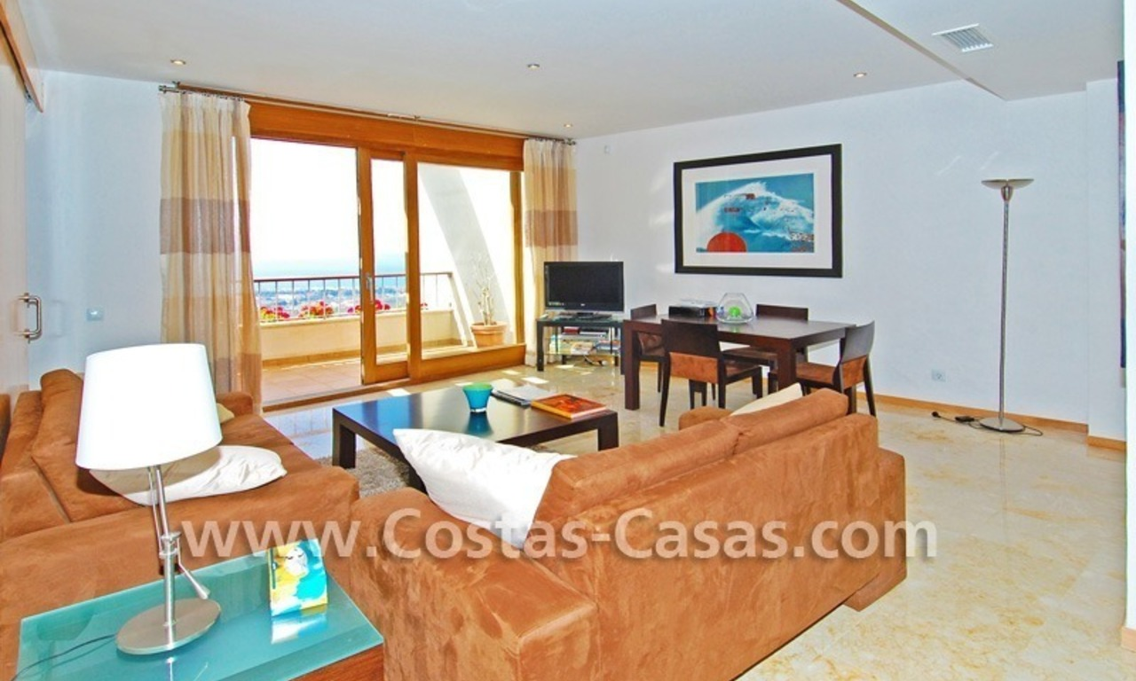 Modern style luxury apartment for holiday rent in Marbella 1
