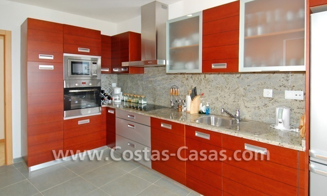 Modern style luxury apartment for holiday rent in Marbella 5