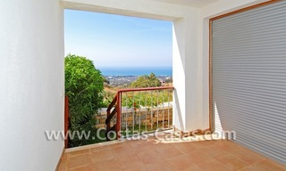 Modern style luxury apartment for holiday rent in Marbella 11