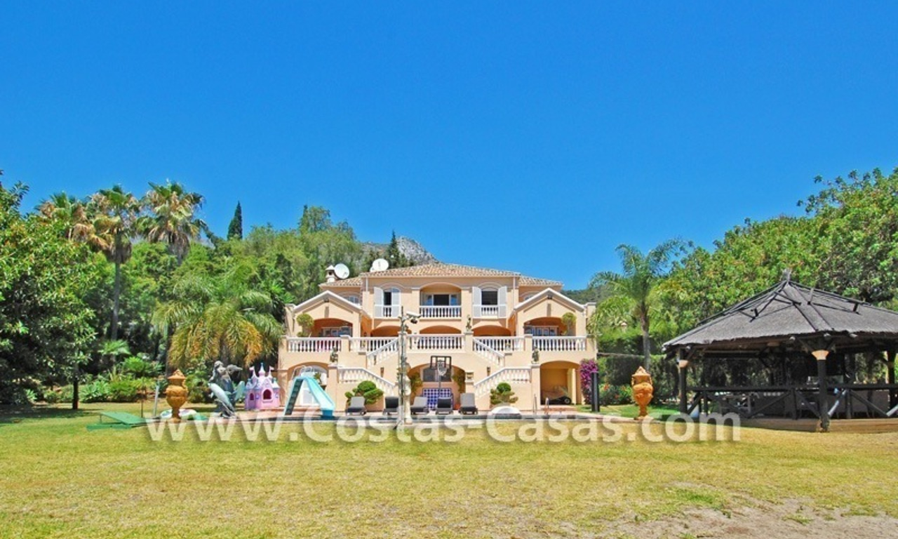 Majestic luxury villa for Sale in Camojan, Marbella 4