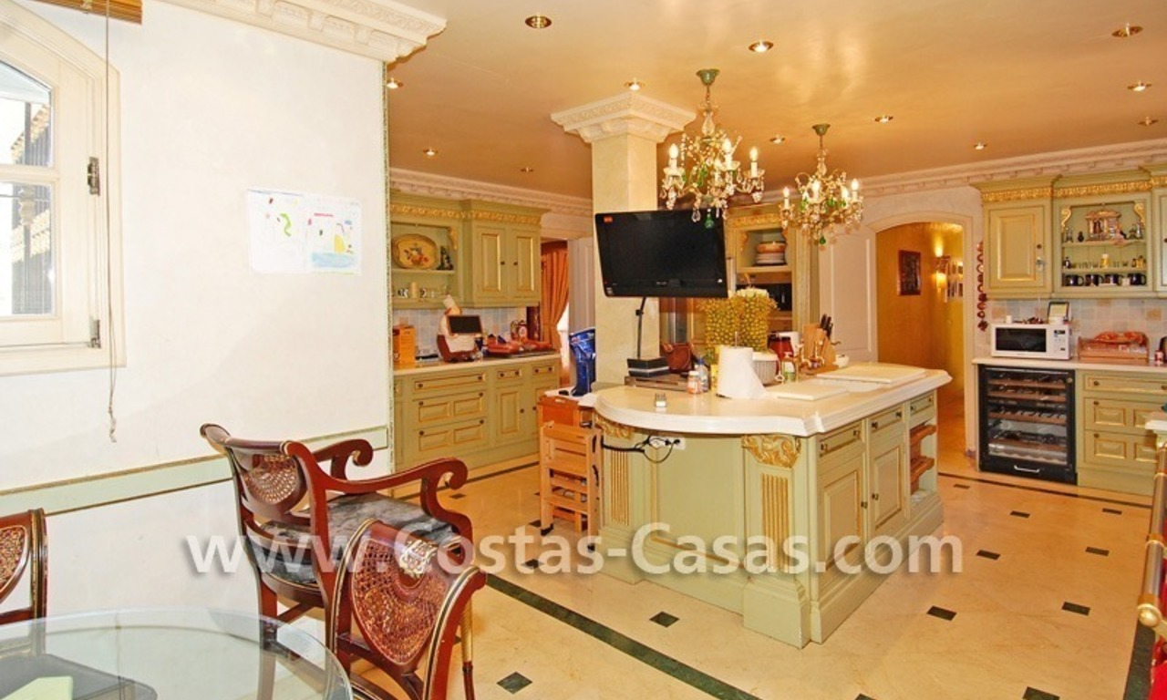 Majestic luxury villa for Sale in Camojan, Marbella 20