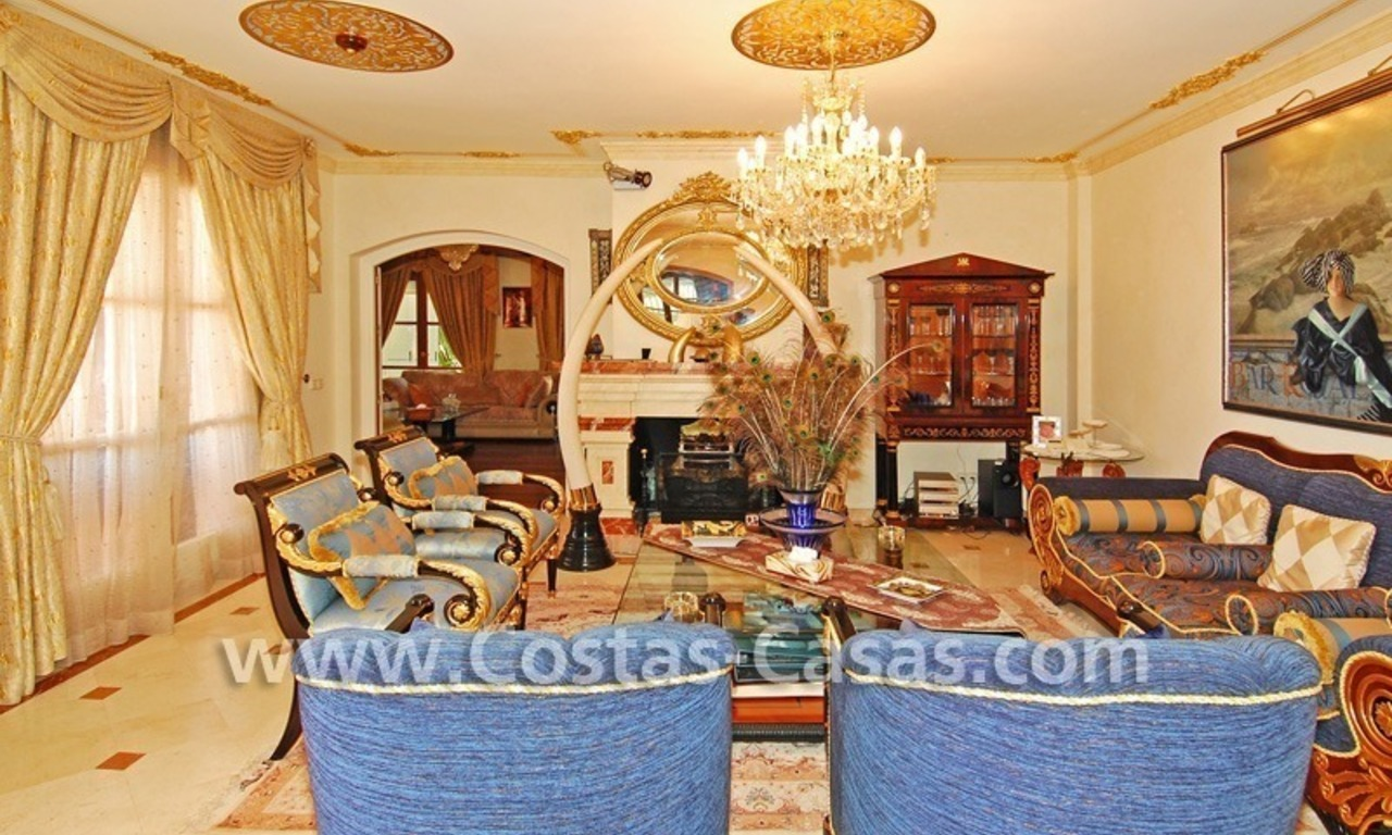 Majestic luxury villa for Sale in Camojan, Marbella 15
