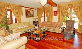 Majestic luxury villa for Sale in Camojan, Marbella 17