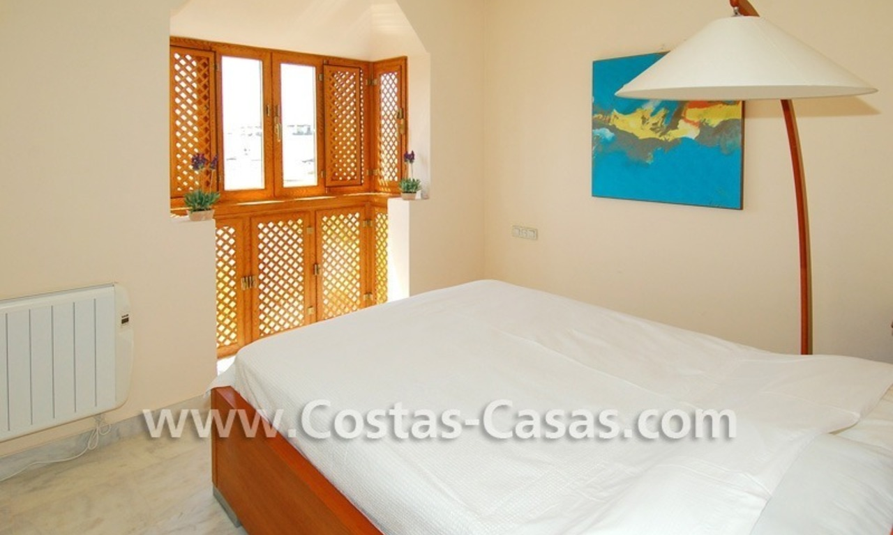 4-bedroomed penthouse apartment for sale on the beachfront complex in Marbella 13