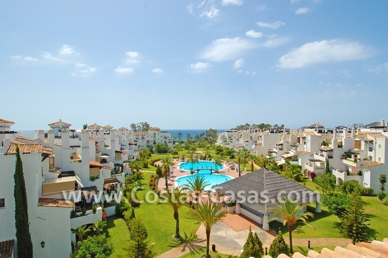 4-bedroomed penthouse apartment for sale on the beachfront complex in Marbella