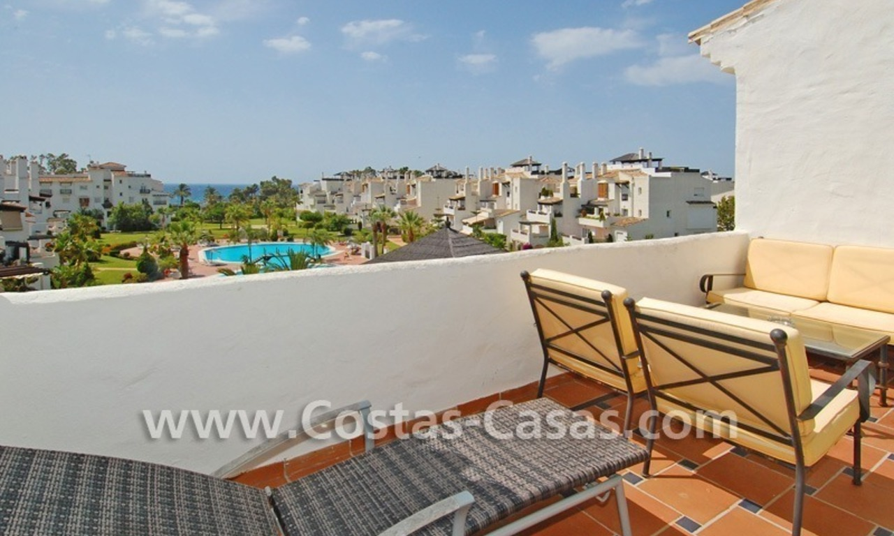 4-bedroomed penthouse apartment for sale on the beachfront complex in Marbella 1