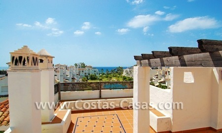 4-bedroomed penthouse apartment for sale on the beachfront complex in Marbella 2