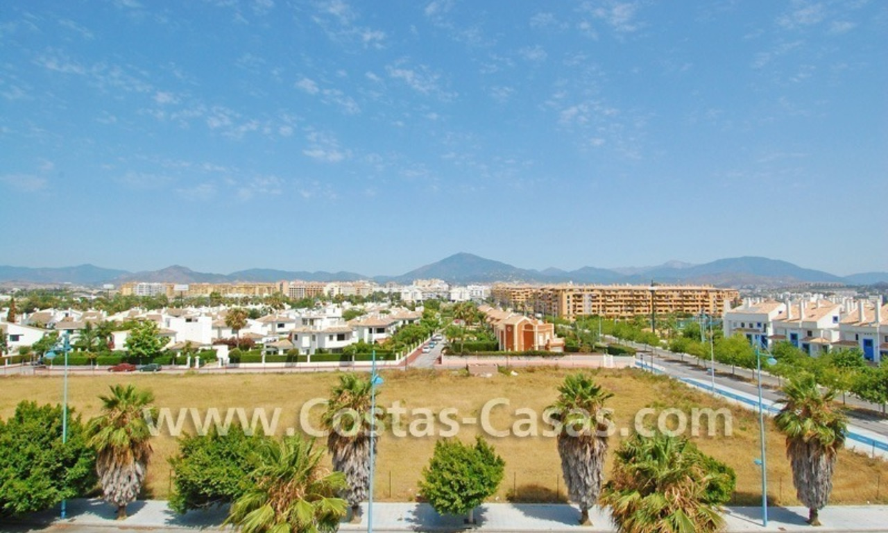 4-bedroomed penthouse apartment for sale on the beachfront complex in Marbella 5