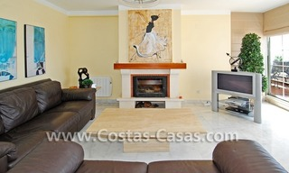 4-bedroomed penthouse apartment for sale on the beachfront complex in Marbella 9