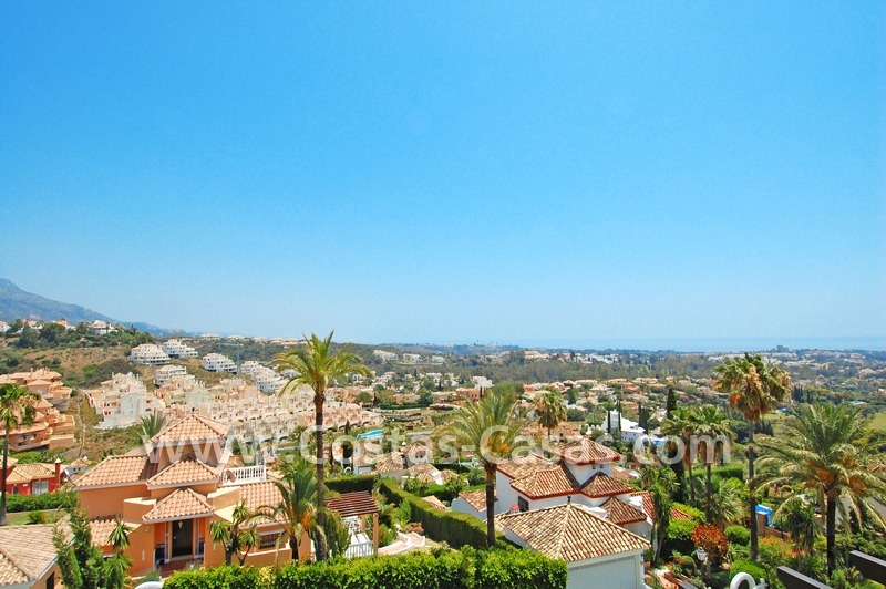Large luxury apartment for sale in Nueva Andalucia – Marbella 6