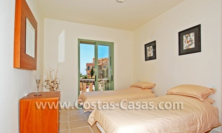 Bargain luxury golf penthouse apartment to buy in a golf resort, Benahavis - Estepona - Marbella 8