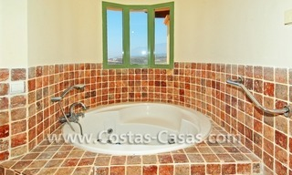 Bargain luxury golf penthouse apartment to buy in a golf resort, Benahavis - Estepona - Marbella 9