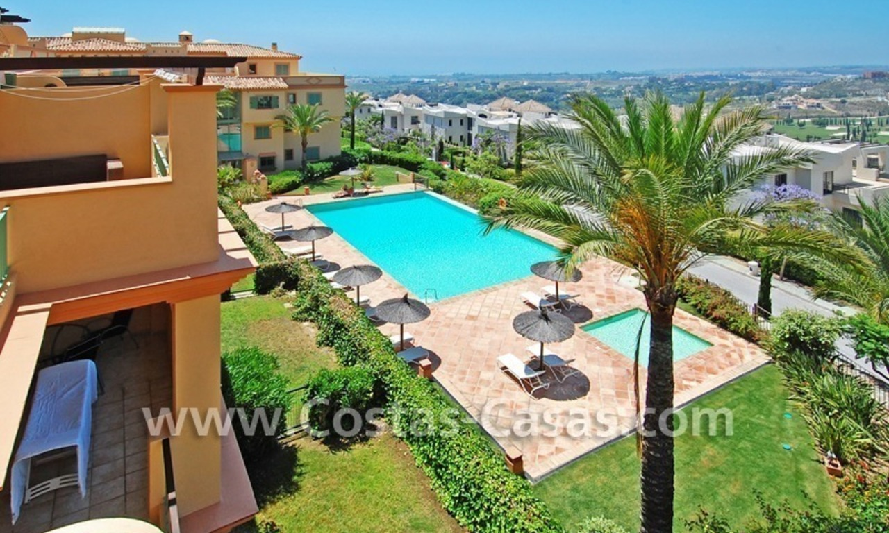 Bargain luxury golf penthouse apartment to buy in a golf resort, Benahavis - Estepona - Marbella 1