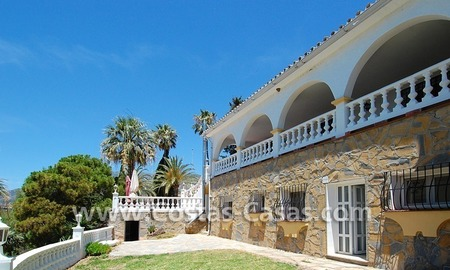 Bargain andalusian styled villa for sale in Marbella 3