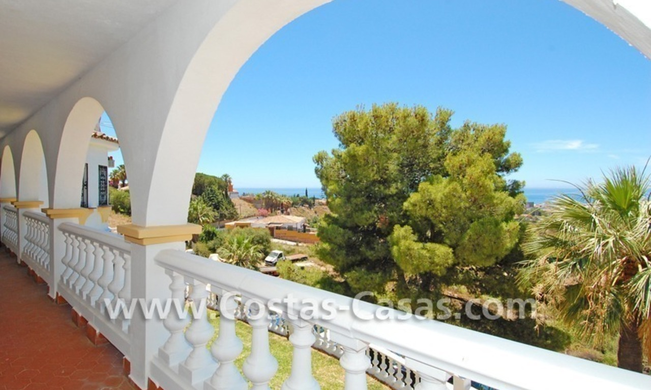 Bargain andalusian styled villa for sale in Marbella 5