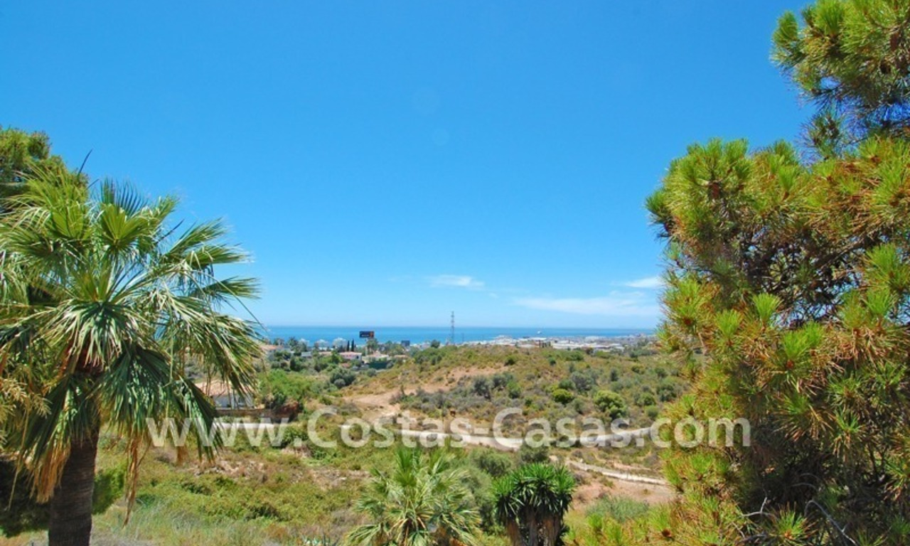 Bargain andalusian styled villa for sale in Marbella 6