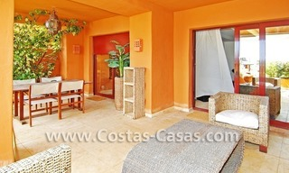 Luxury apartment to buy in a beachfront complex, New Golden Mile, Marbella - Estepona 1