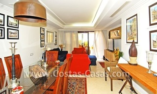 Luxury apartment to buy in a beachfront complex, New Golden Mile, Marbella - Estepona 3