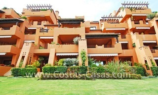 Luxury apartment to buy in a beachfront complex, New Golden Mile, Marbella - Estepona 11