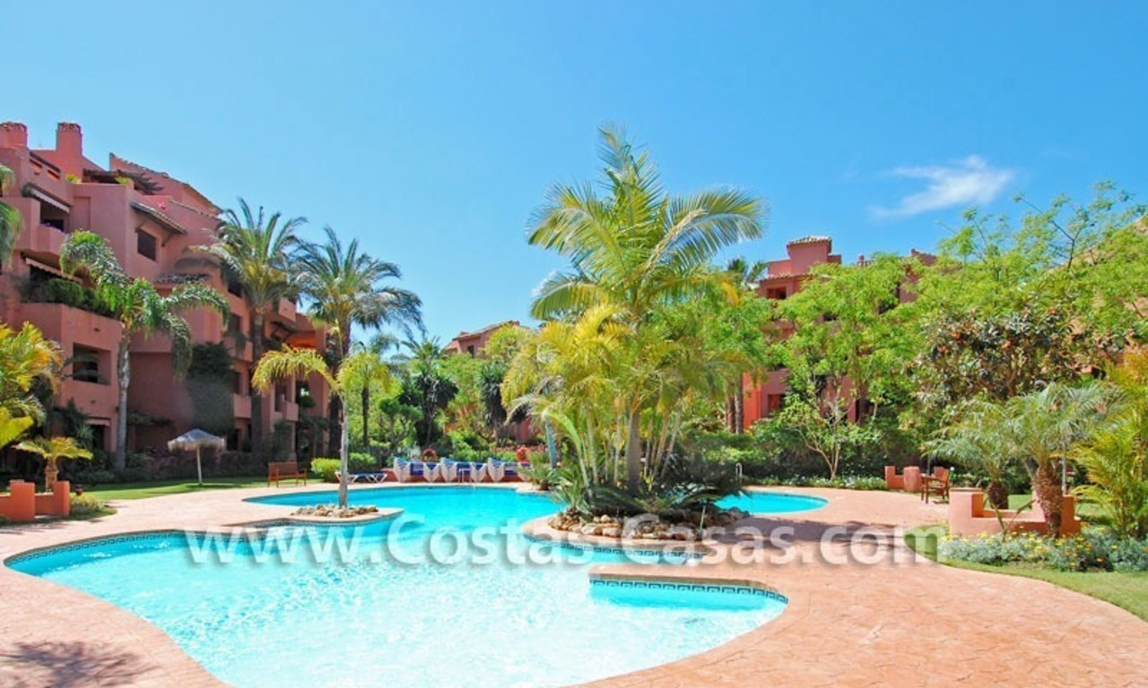 Beachside apartment for sale in Marbella 12
