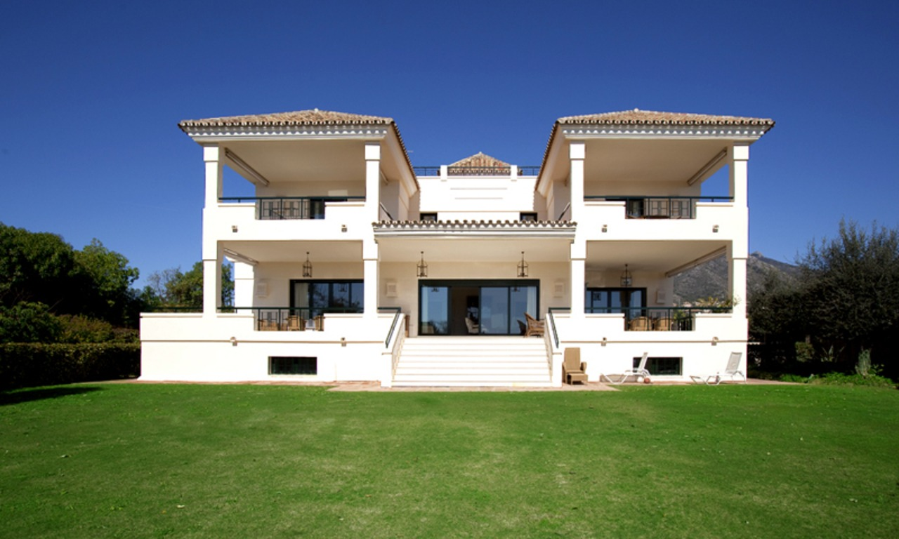 Modern Andalusian mansion for sale on the Golden Mile in Marbella 0