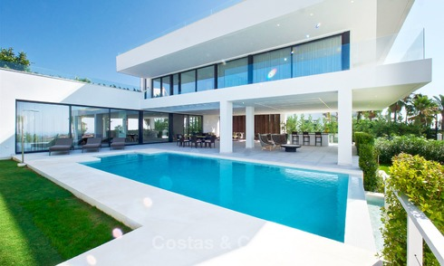 New modern luxury design villas for sale, Marbella - Benahavis, ready to move in, golf and sea views 7070