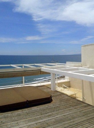 Large double penthouse for sale, frontline beach, between Marbella and Estepona 3