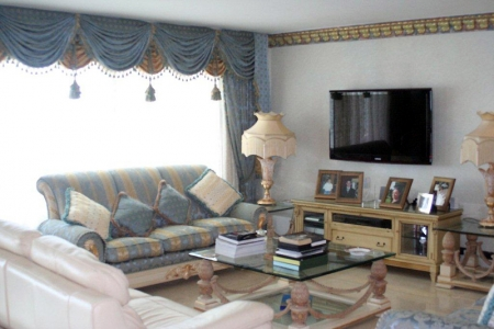 Large double penthouse for sale, frontline beach, between Marbella and Estepona 4
