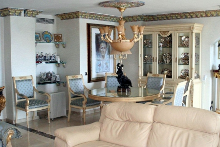 Large double penthouse for sale, frontline beach, between Marbella and Estepona 6