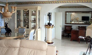 Large double penthouse for sale, frontline beach, between Marbella and Estepona 7