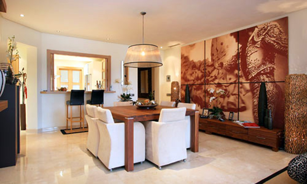 Luxury apartment for sale on the Golden Mile in Marbella 5