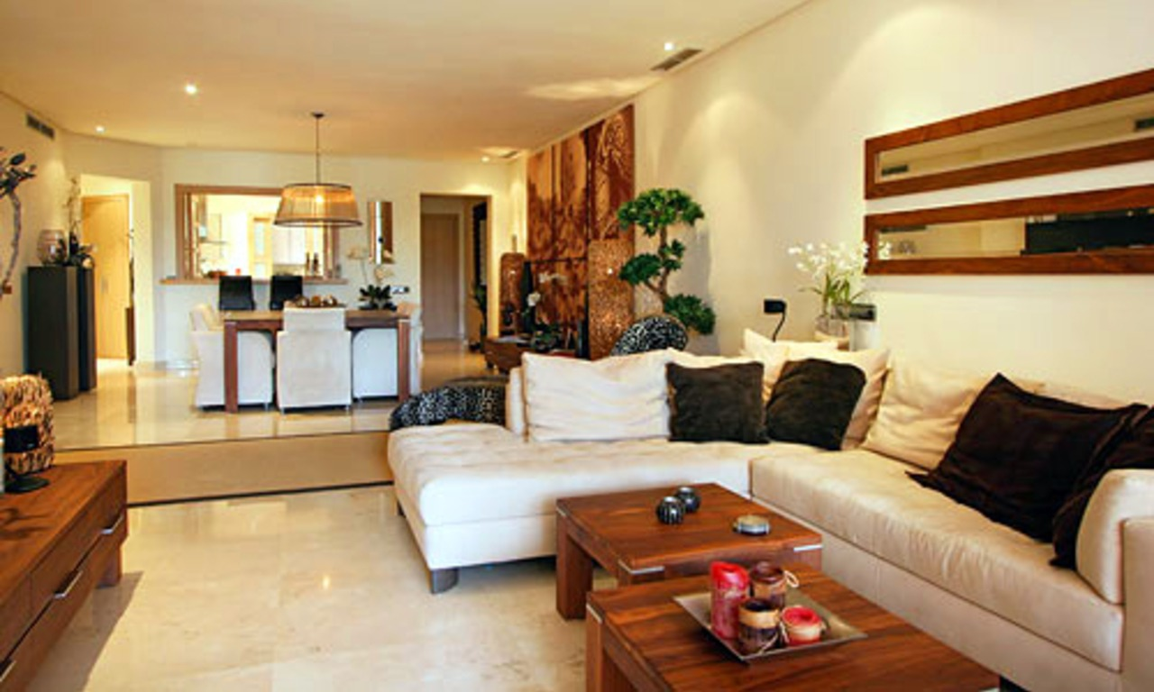 Luxury apartment for sale on the Golden Mile in Marbella 4