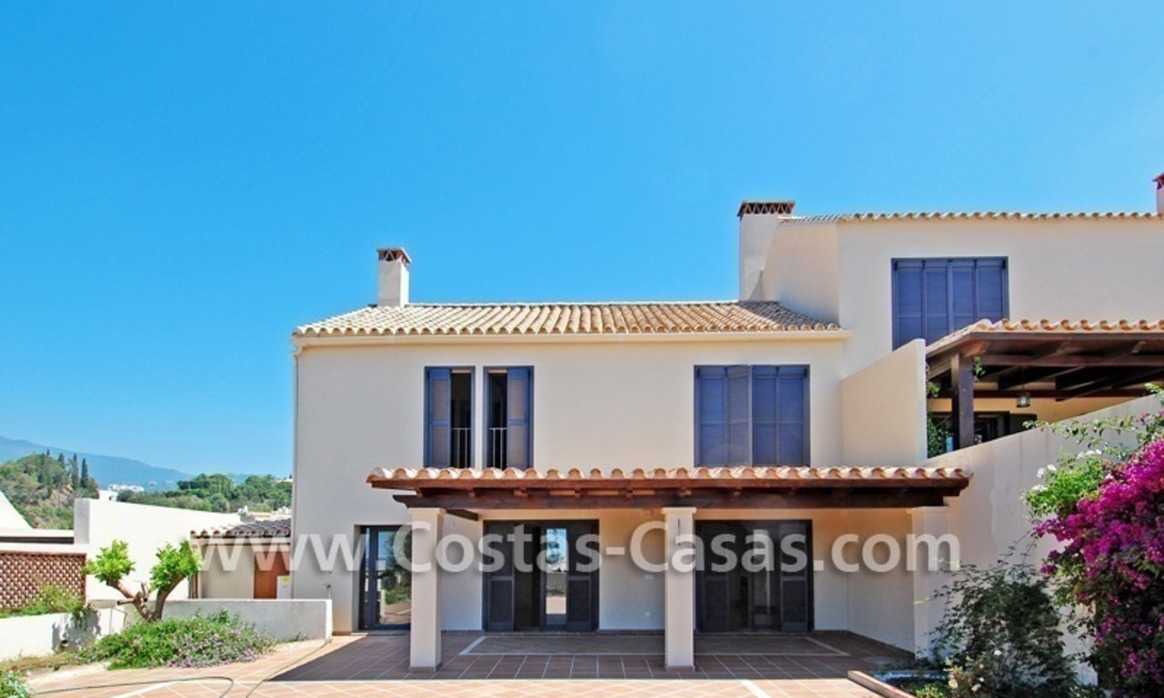 Modern houses for sale in the area of Marbella – Benahavis at the Costa del Sol 14