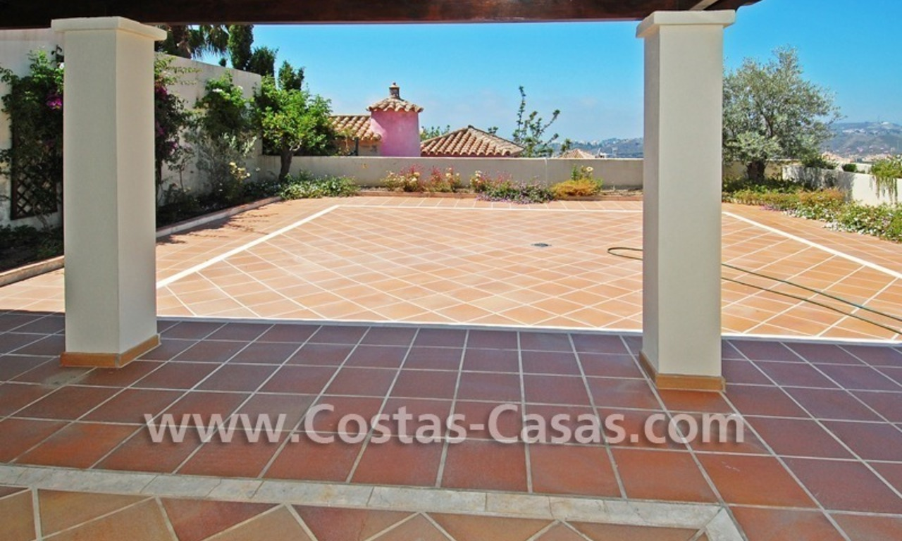 Modern houses for sale in the area of Marbella – Benahavis at the Costa del Sol 16