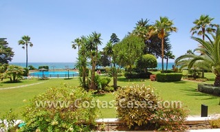 Frontline beach apartment for sale in a beachfront apartment complex, New Golden Mile, Marbella - Estepona 0