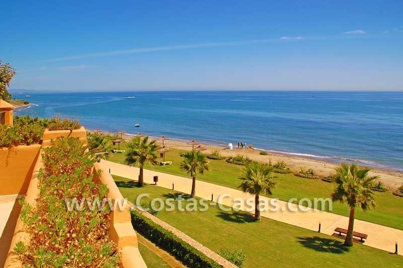 Luxury frontline beach apartment for sale, first line beach complex, New Golden Mile, Marbella -Estepona 1